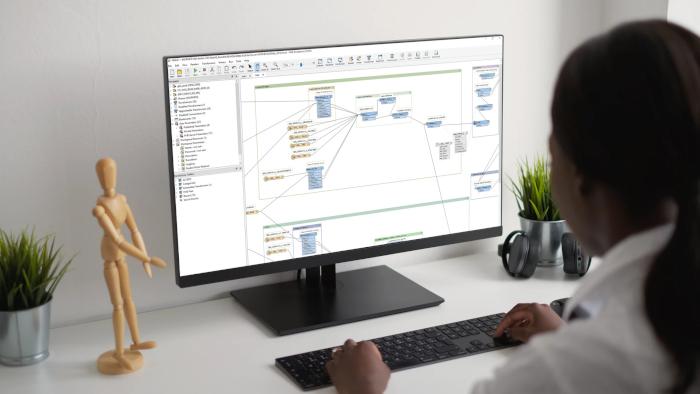 Mockup FME Desktop 1 700x394
